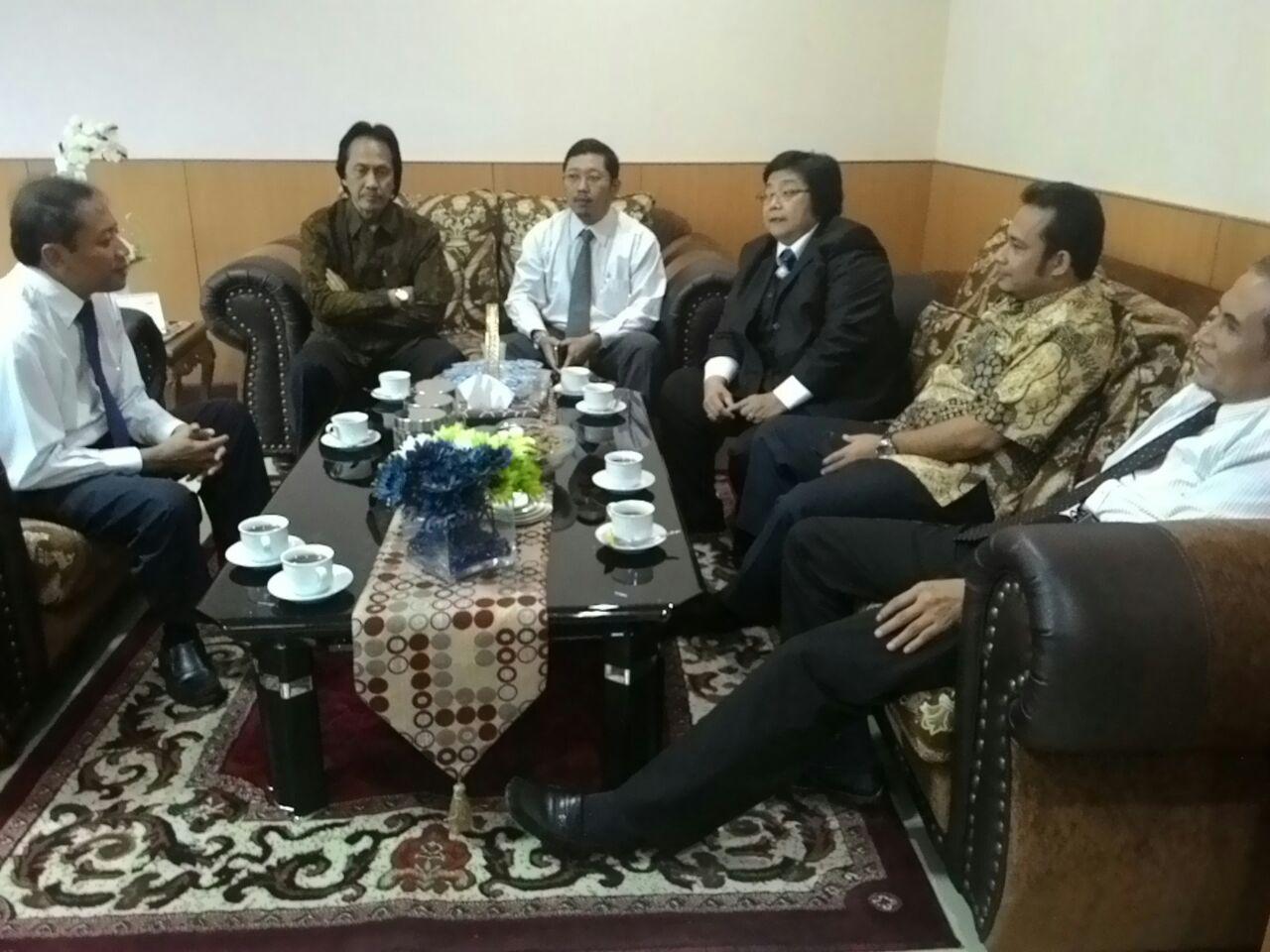 Dekanat FIA UB Berbincang Dengan Menteri Siti Nurbaya