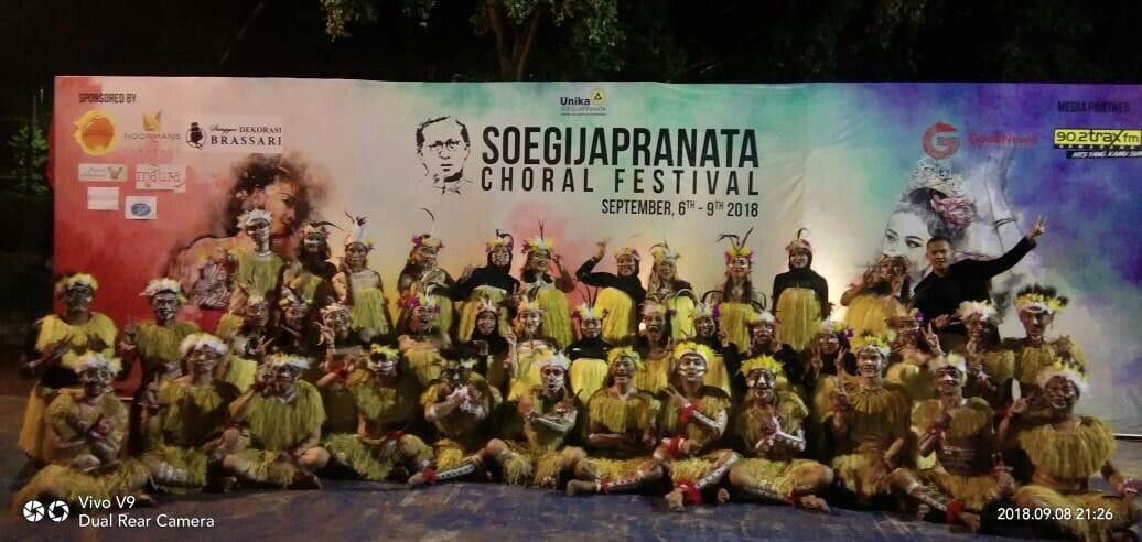 Administratio Choir Borong Penghargaan Pada International Soegijapranata Choral Festival 2018
