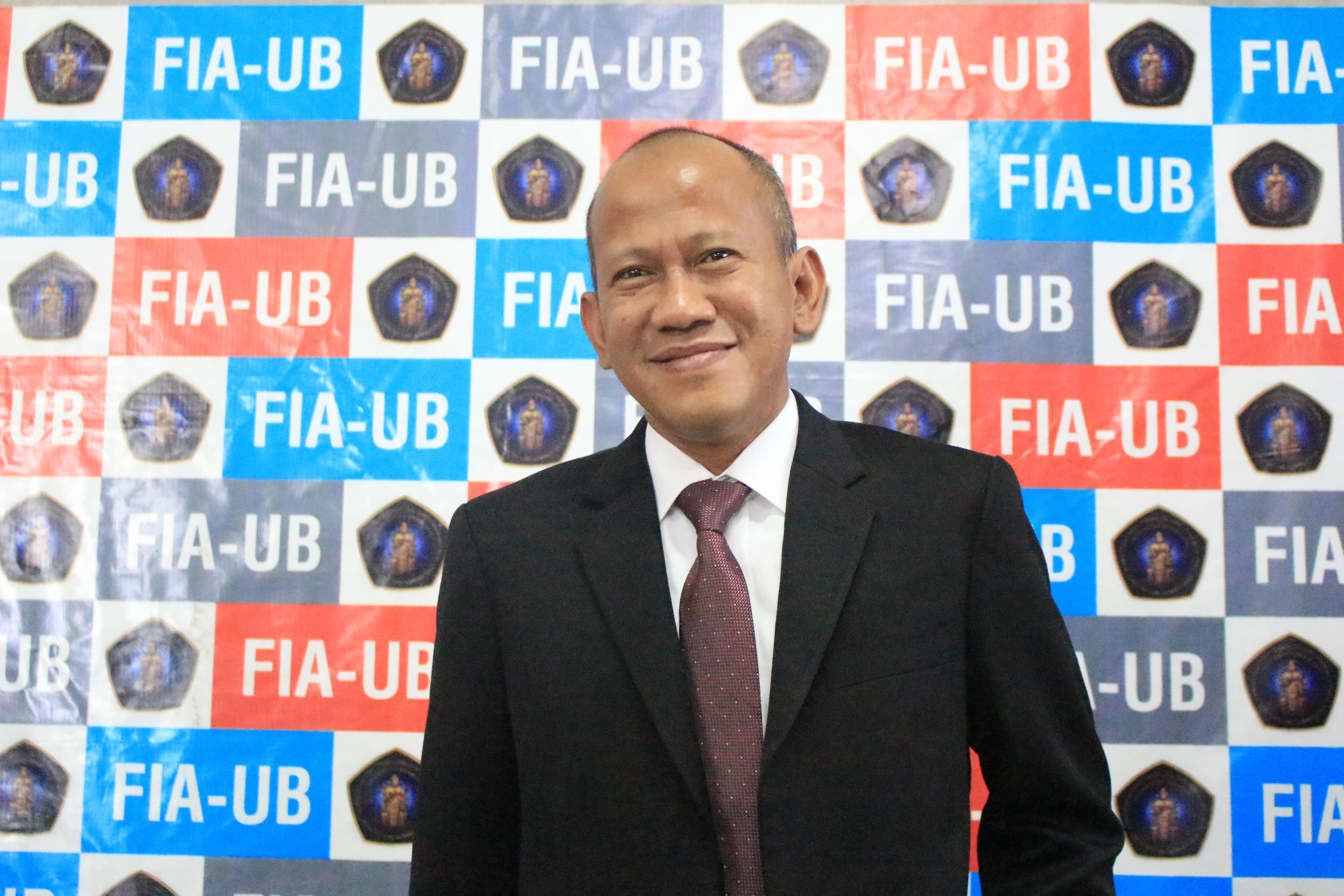 Pius Lustrilanang – Disertasi FIA UB
