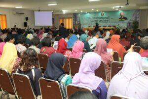Peserta Kuliah Tamu Internasional