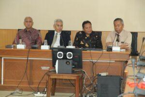 Direktur IO UB, Rektor UB, Dekan FIA, dan Kajur Administrasi Publik