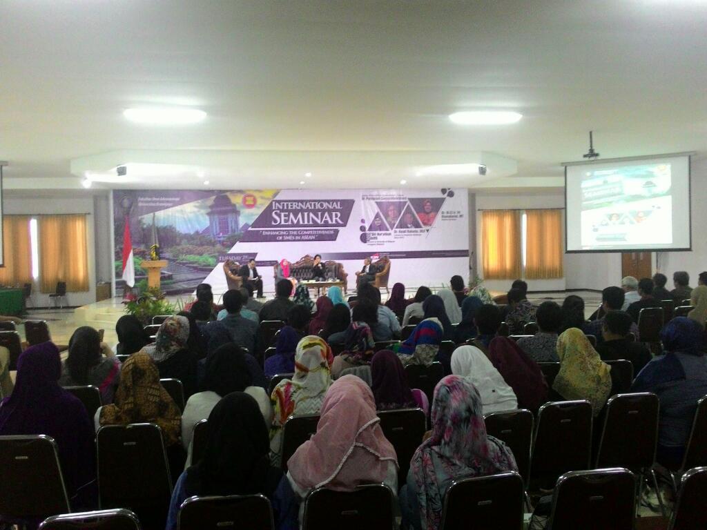 Suasana Seminar Internasional Oleh K2PU Yang Dihadiri Oleh Ratusan Pendengar