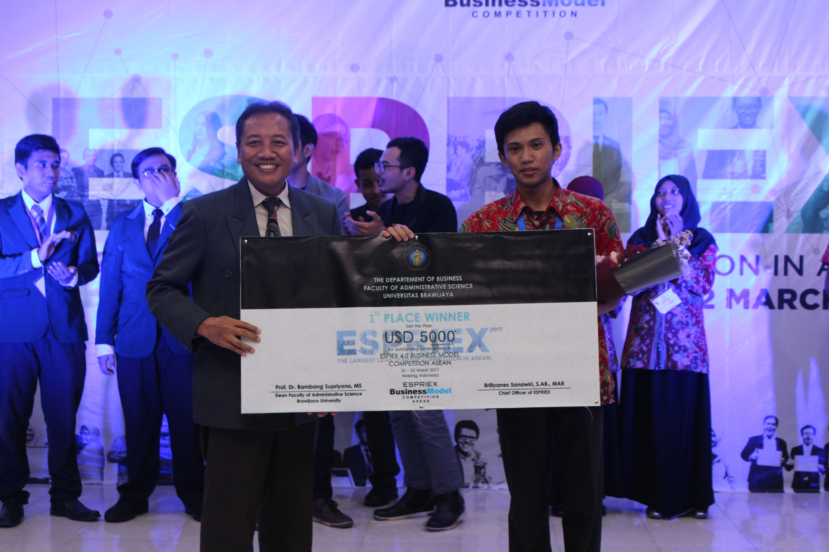CoAss (Universitas Gadjah Mada) Keluar Sebagai Pemenang ESPRIEX Business Model Competition ASEAN 2017