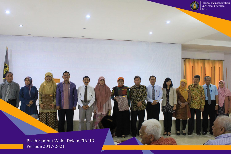 Dekan Bersama Para Wakil Dekan Periode 2013-2017 Dan Periode 2017-2021